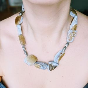 Soothing Agate Necklace
